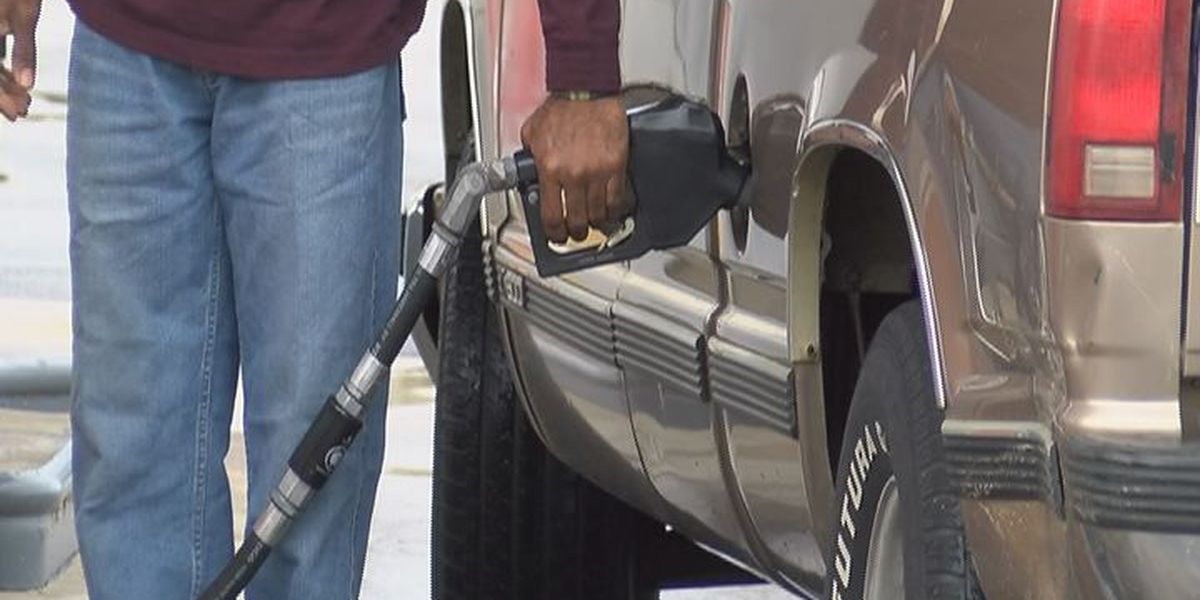 AAA: Gas prices lowest in a decade for Memorial Day