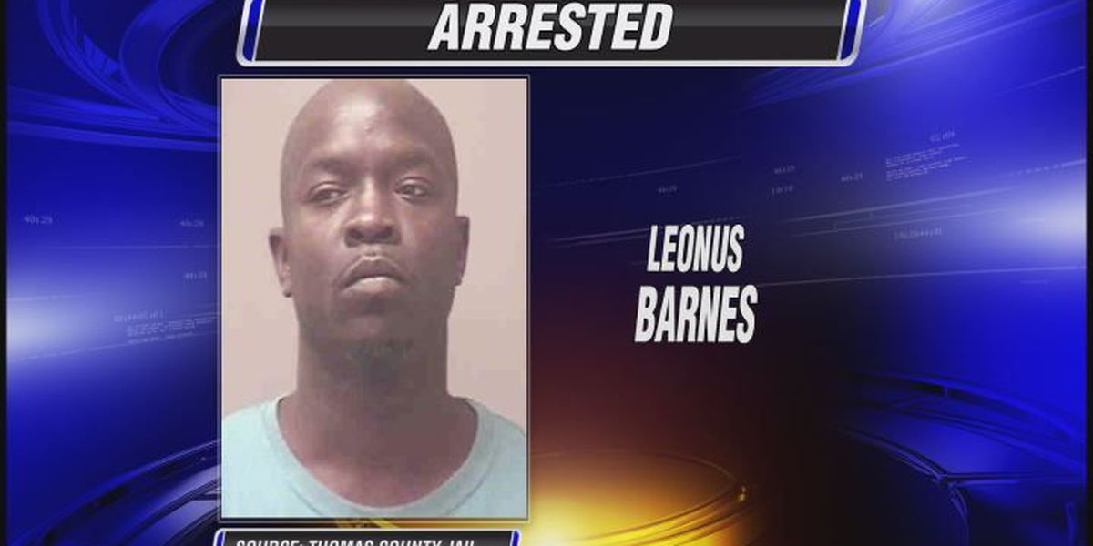 Drug agents find 30 pieces of crack cocaine in man's pants