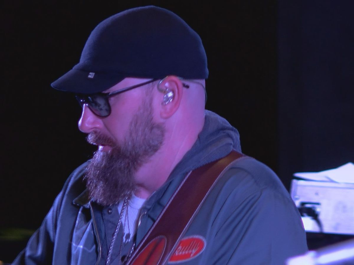 Corey Smith concert brings big boost to downtown Albany