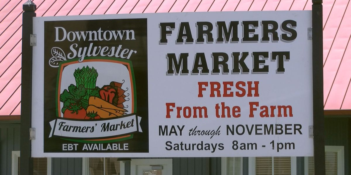 Sylvester farmers market reopens for fall