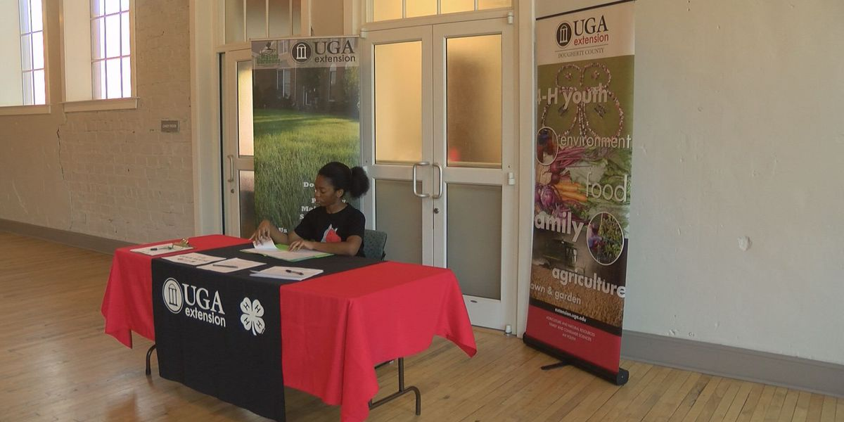 Dougherty County 4-H holds open house