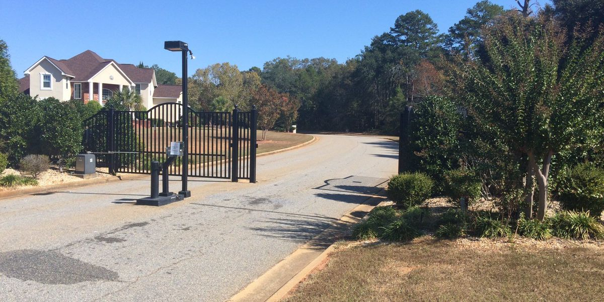 Homeowners threaten to sue Lee Co. Commissioners over hospital