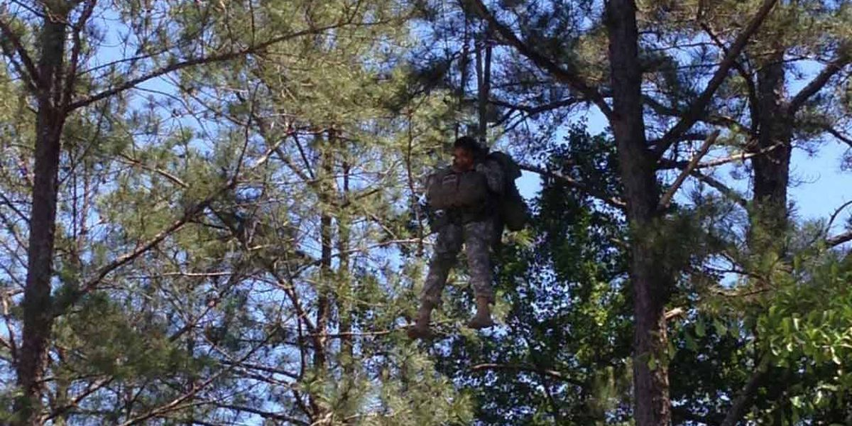 Army parachuters injured after hitting power lines, trees