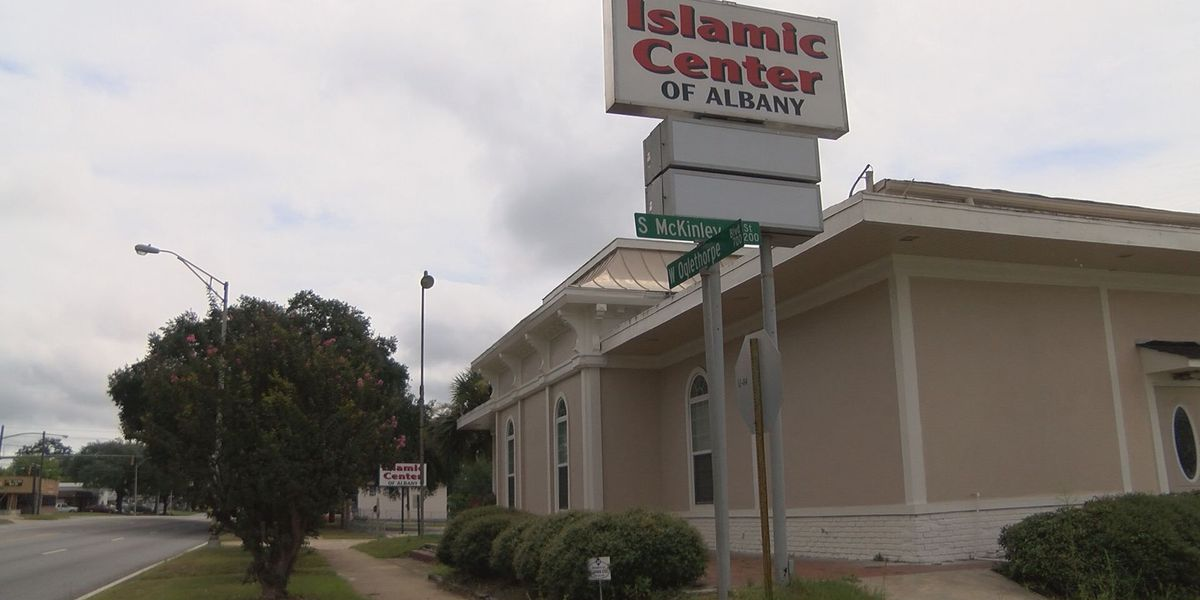 Business owners concerned about proposed Islamic Center cemetery