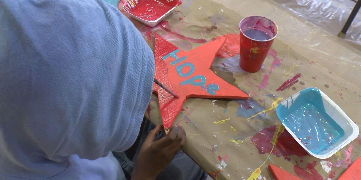 'Stars of Hope' visits Radium Springs Elementary
