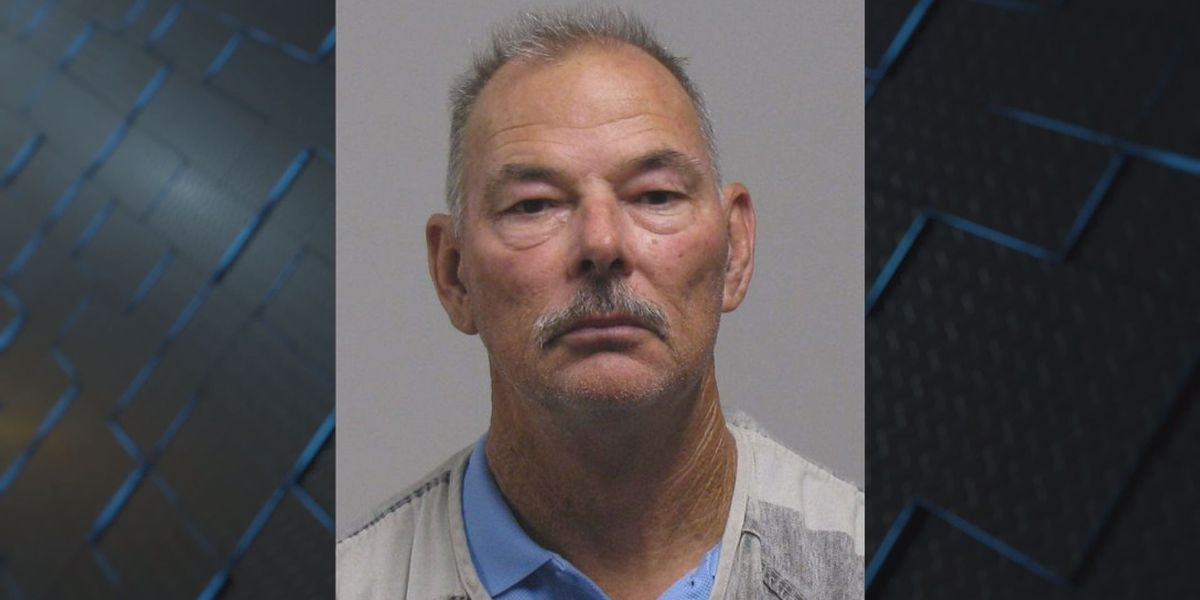 Former Tift County Deputy arrested for burglary