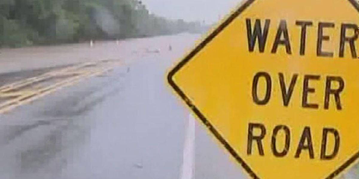 Flash flood warning in effect, water covers roads in South Georgia