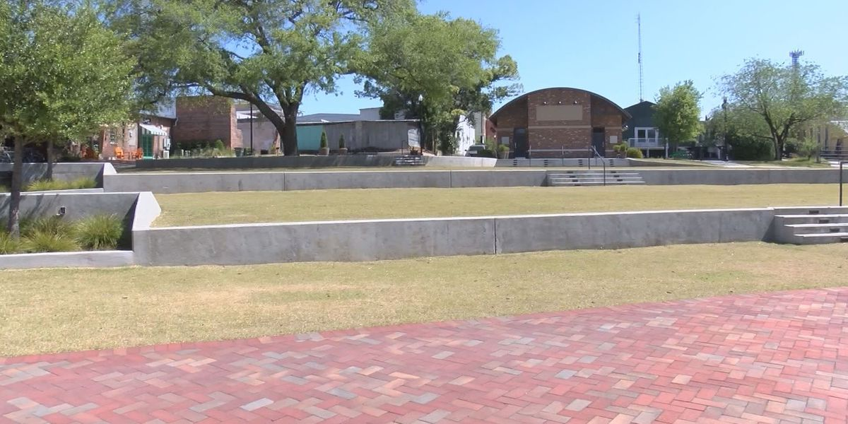 Thomasville Amphitheater to celebrate anniversary during Rose Show Festival