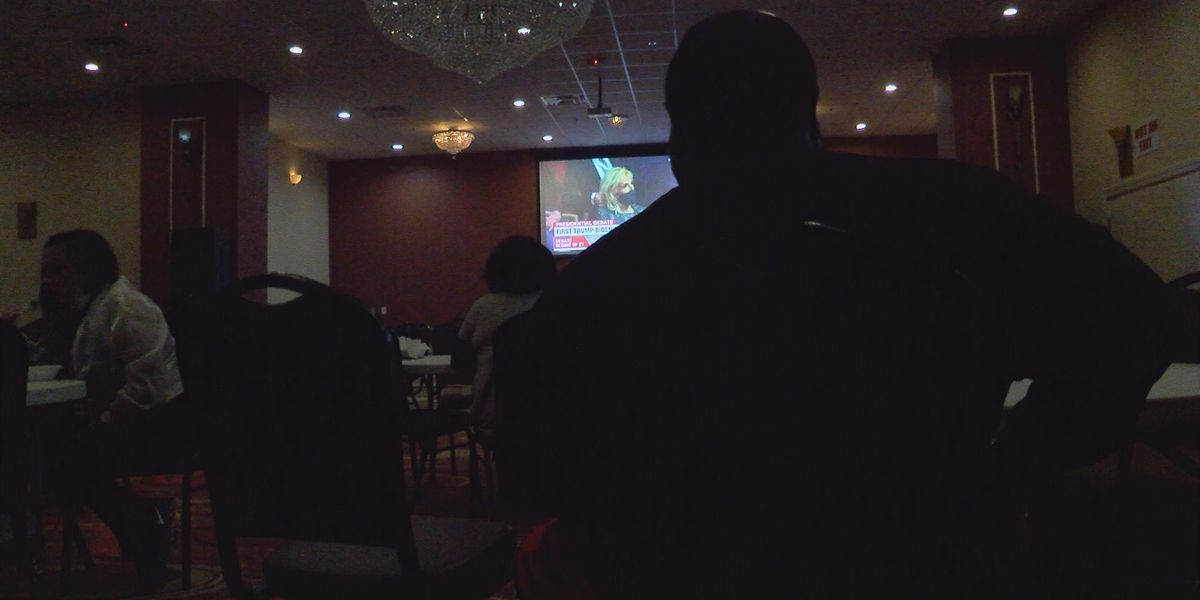 Albany eatery hosts presidential debate watch party