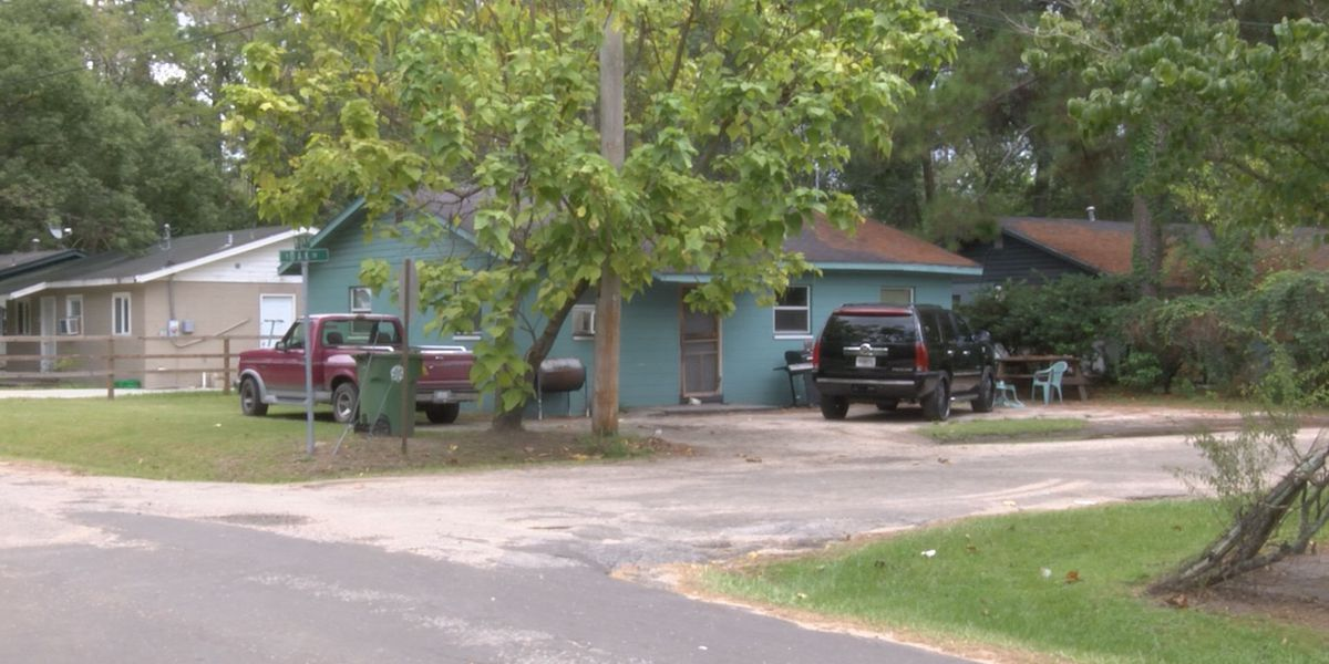 Adel community in 'shock' after shooting