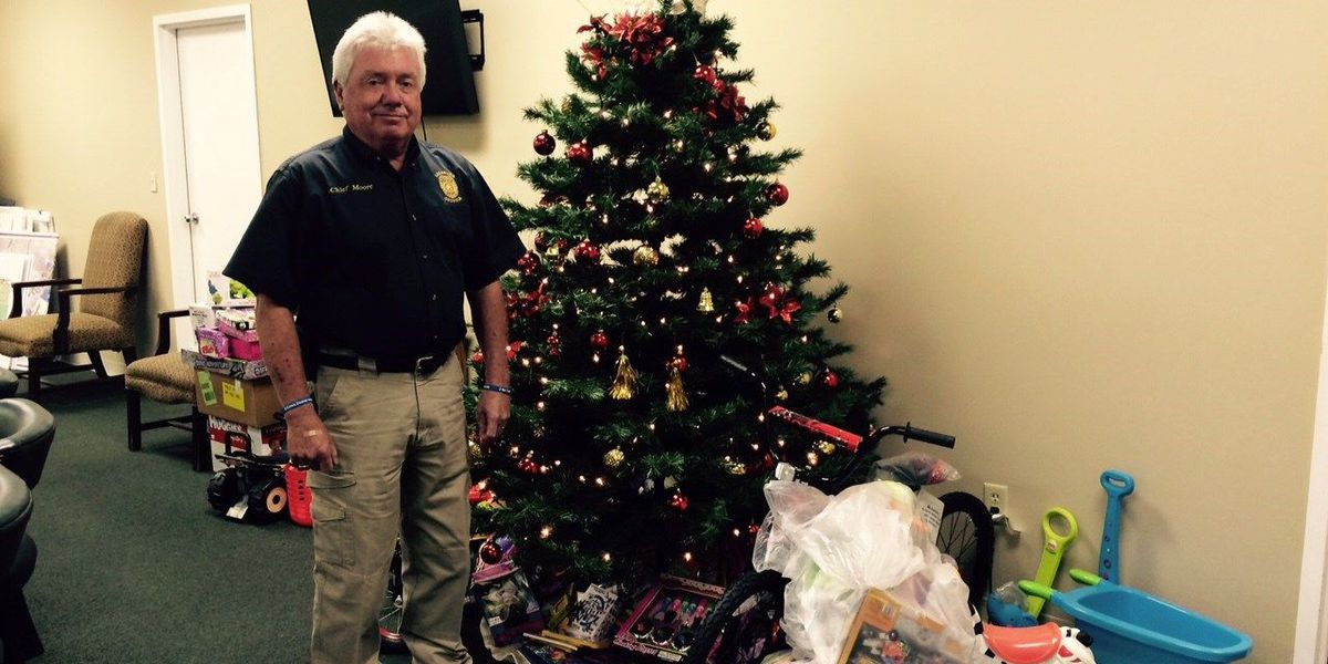 Chief: Few donations in Leesburg annual toy drive