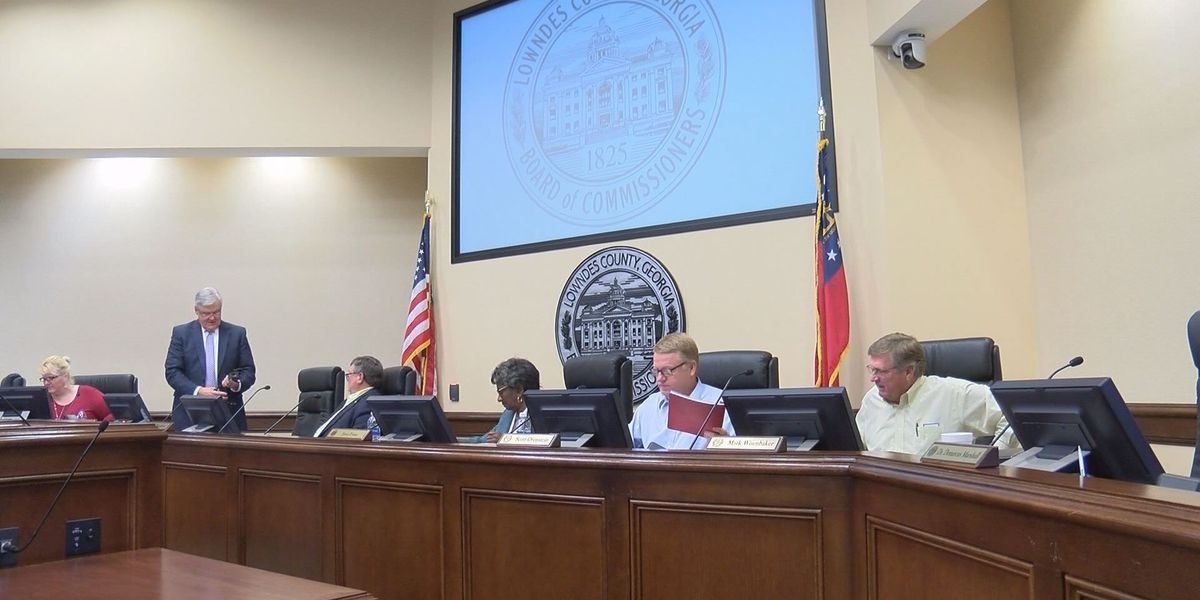Lowndes Co. reviews annual budget ahead of fiscal year