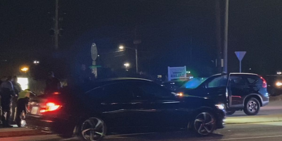 Pedestrian hit at Albany intersection
