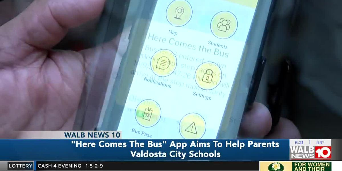 'Here Comes the Bus' app aims to help parents