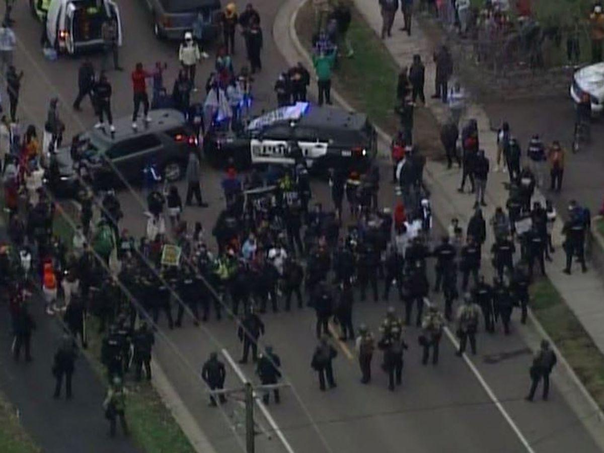 Death of man shot during Minnesota traffic stop sparks unrest