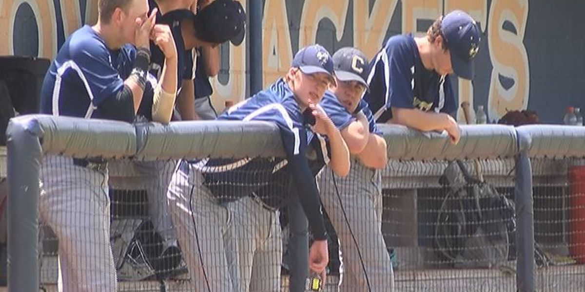 Baseball teams battle heat during summer workouts