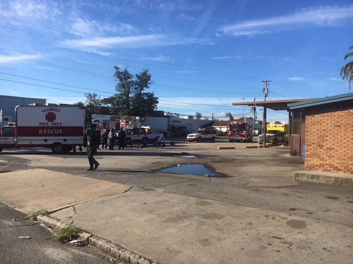 Valdosta package store catches fire