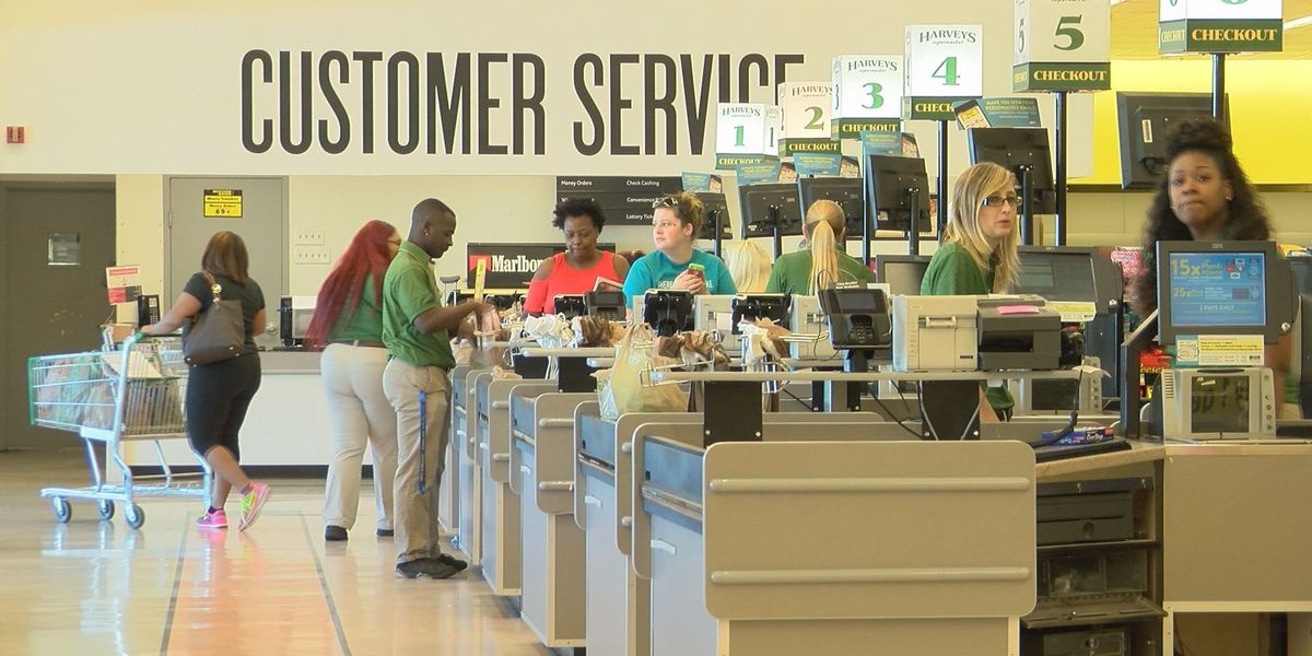 Grocery stores packed ahead of holiday