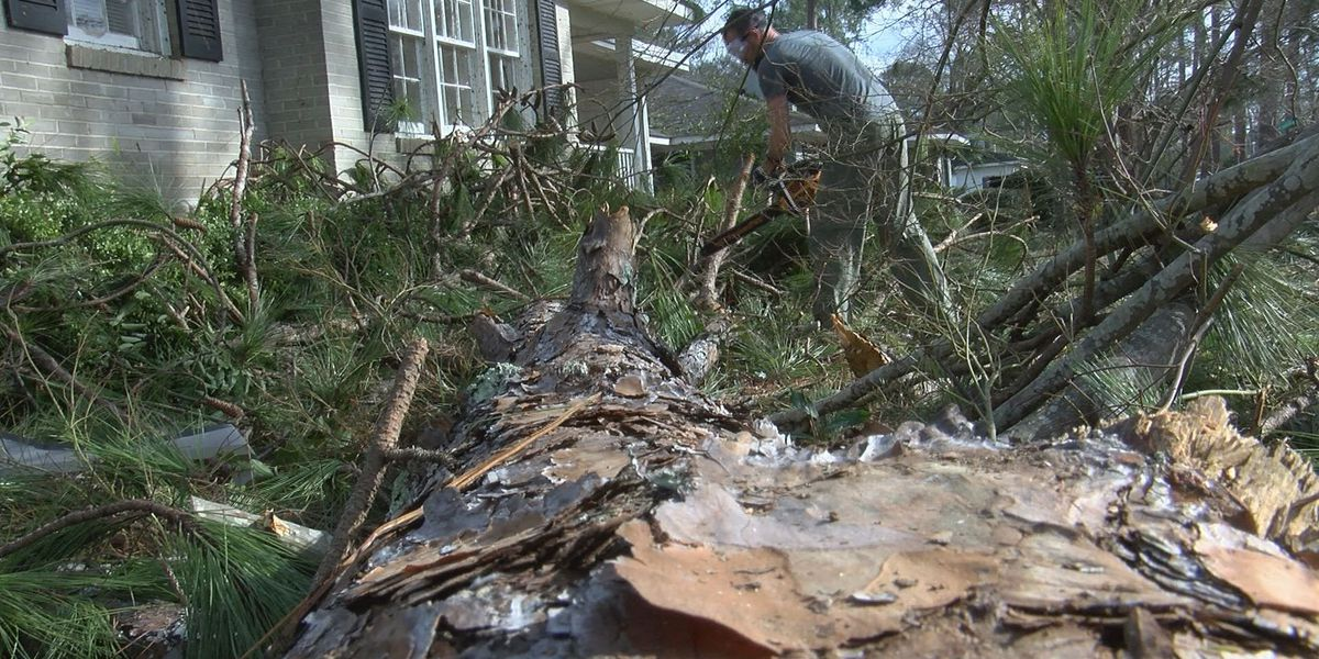 Albany church lends a helping hand after storms