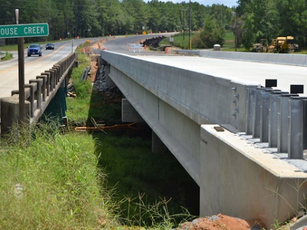Traffic shifts to new bridge on US 129 - State Route 11