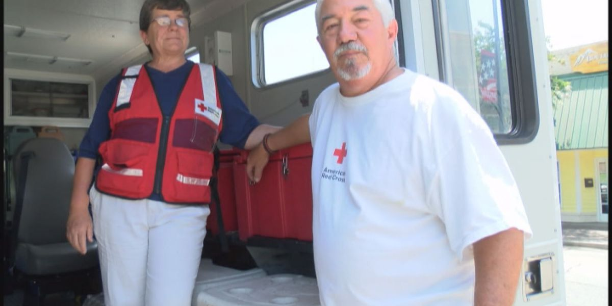 Moultrie couple hits the road to help flood victims