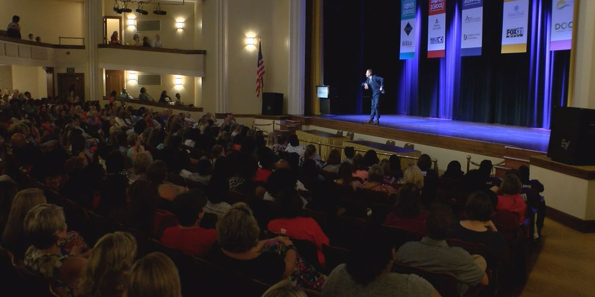 Ron Clark draws crowd to Albany Municipal Auditorium