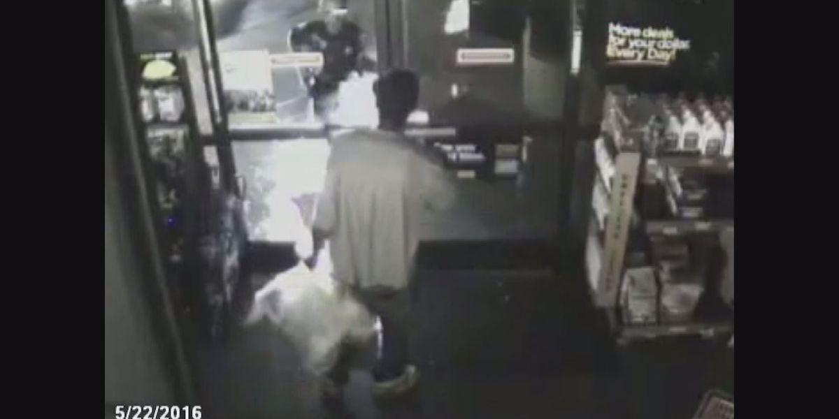 Man arrested for striking officer in Dollar General burglary