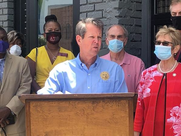 Kemp makes stops in SWGA on coronavirus flyaround tour