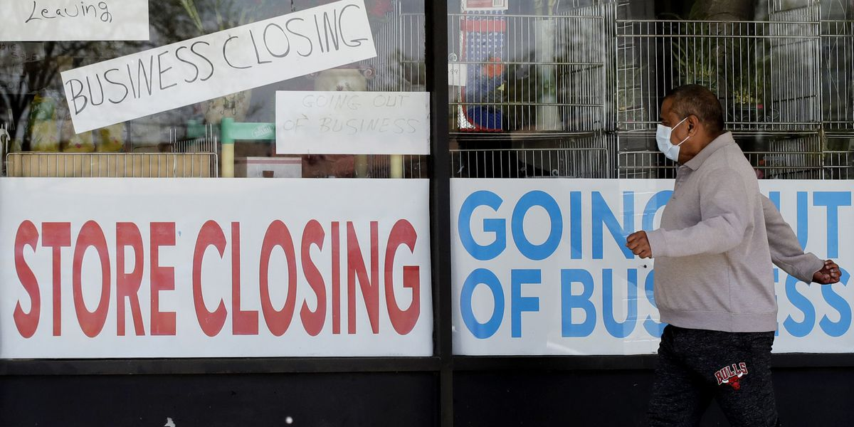 709,000 seek US jobless aid as pandemic escalates