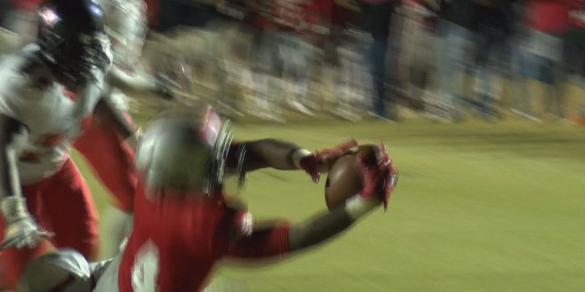 Play of the Week (11/27/17): Lundy bruises his way to the end zone