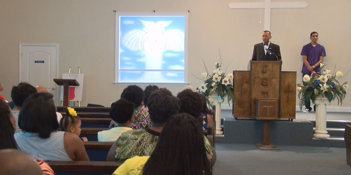 Sylvester community rallies for answers after deadly wreck