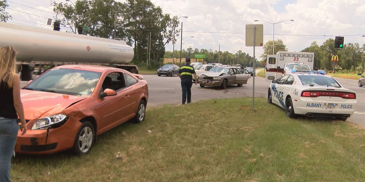 Baby checked for injuries after 2 car crash