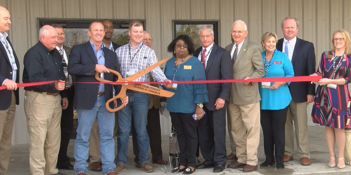 Agriculture leaders attend opening of Cook Co. farm facility