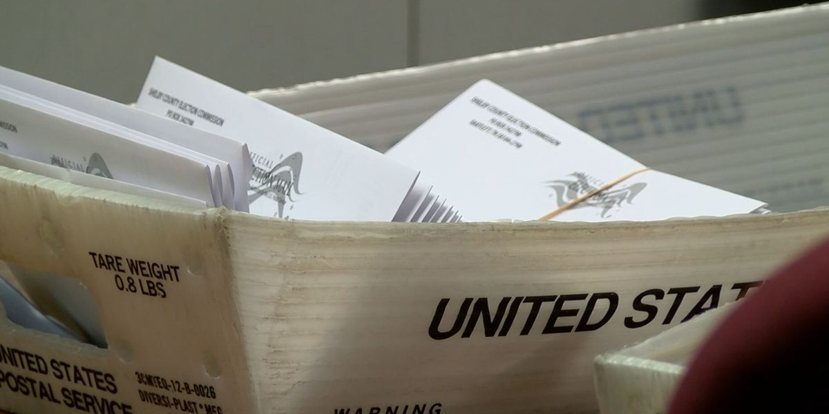 Judge orders Georgia to extend deadline for absentee ballots