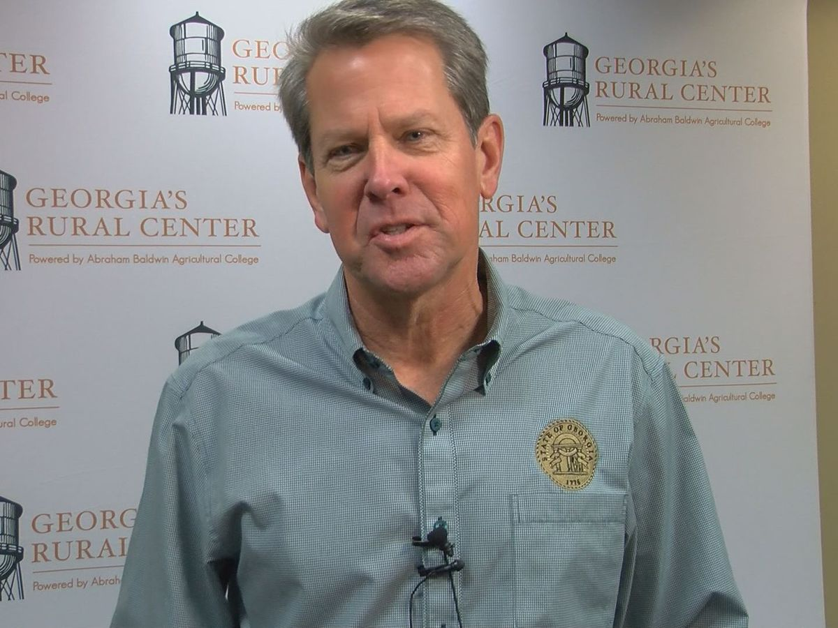 Gov. Kemp visits Tifton to launch 'Cotton Medical Scrubs Project'