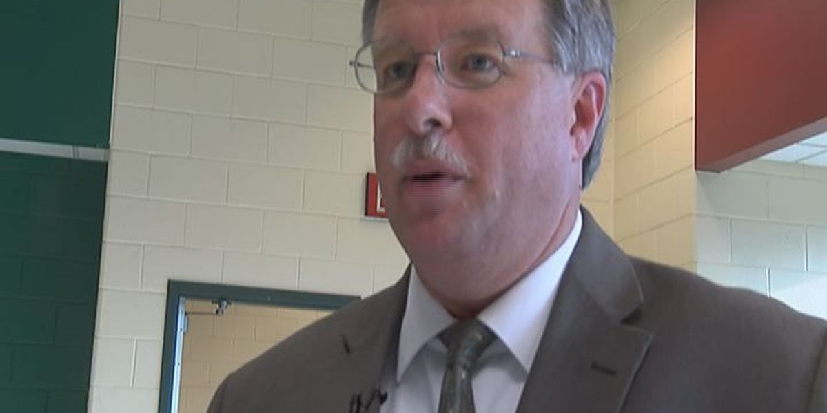 Sumter Co. Superintendent steps down