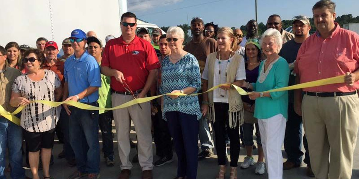Ocilla plant cuts ribbon on new expansion