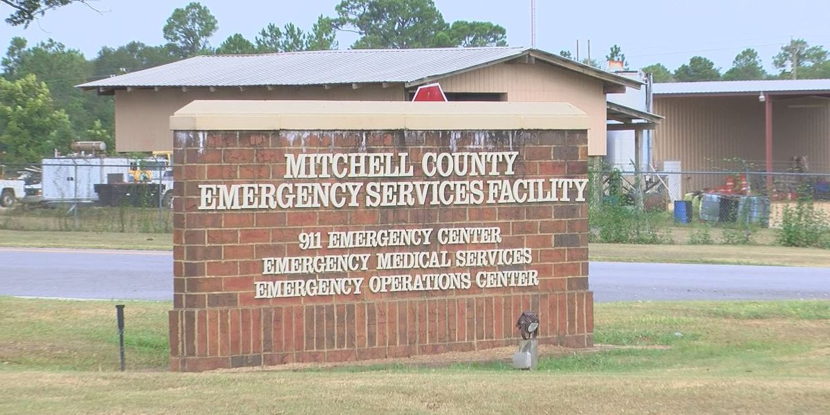 Mitchell Co. E911 Center faces obstacles during Hurricane Michael