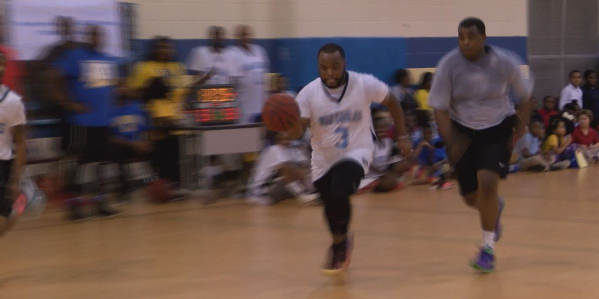 Morningside Elem. teachers take on APD in basketball game