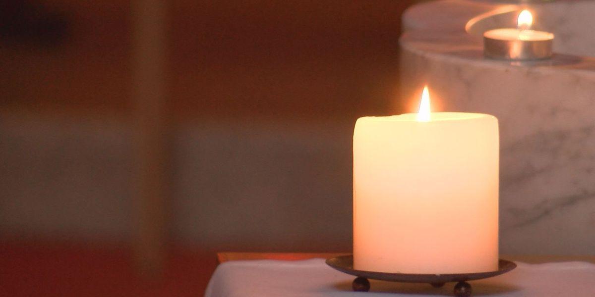 Prayer vigil held in Albany for Charlottesville victims