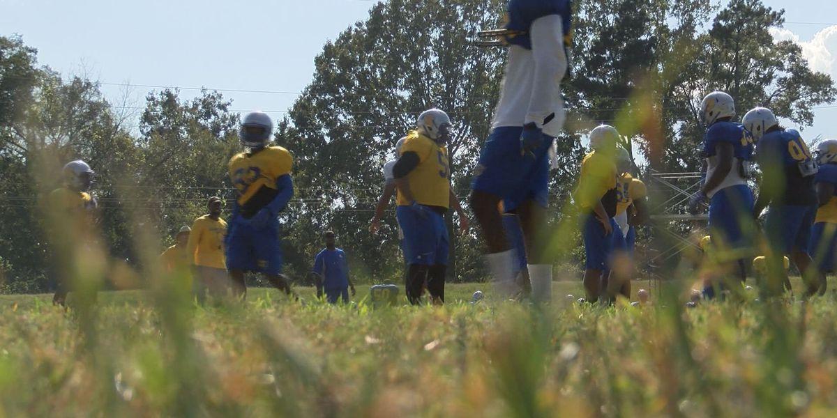 Golden Rams football to break win-loss balance