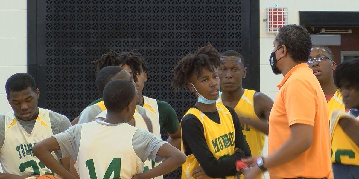 Monroe Boy's Basketball is dominating on the hardwood