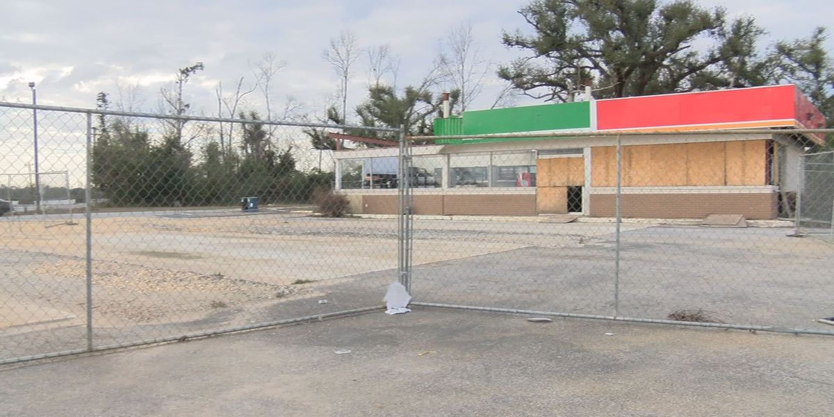 Open Gas Stations Near Me >> Two East Albany Gas Stations To Re Open