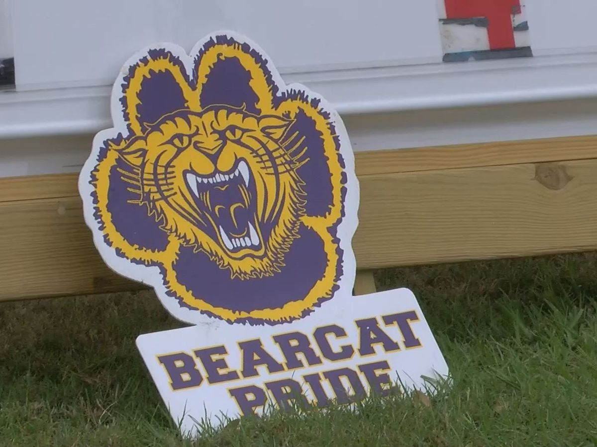 Bainbridge High football team heads to state