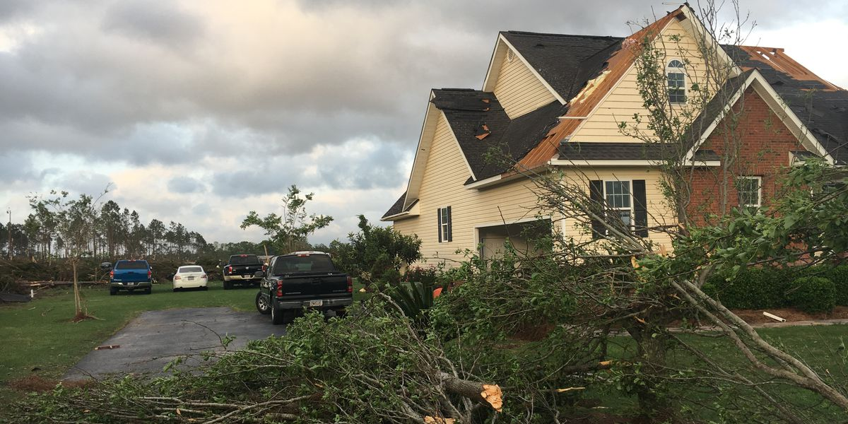 'I wasn't expecting to see the roof peel off like that': Colquitt Co. prepares for more potentially severe weather after EF-1 tornado
