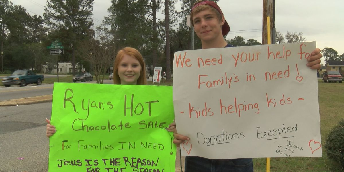 A high school student raises money for families in need on Christmas