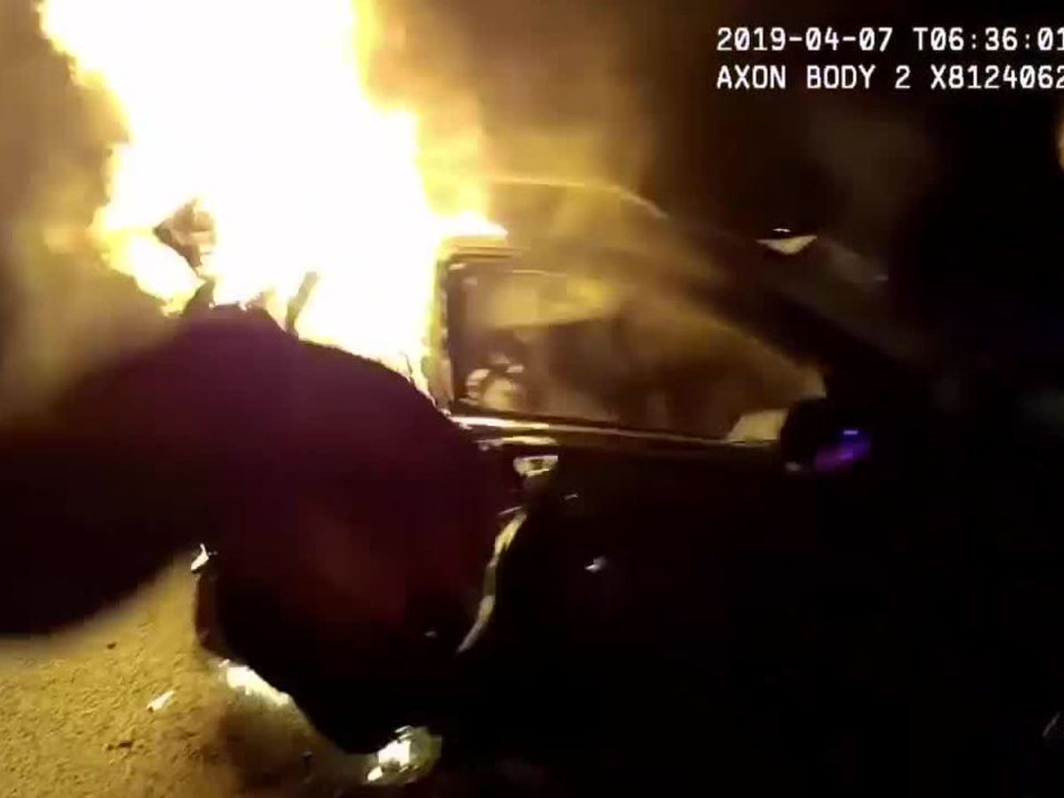4 men were trapped in burning vehicles until officers, civilians showed up