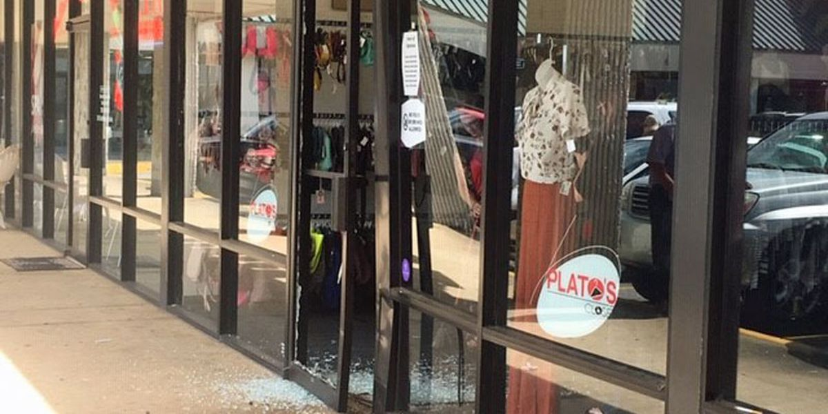 Vehicle crashes into Albany store front
