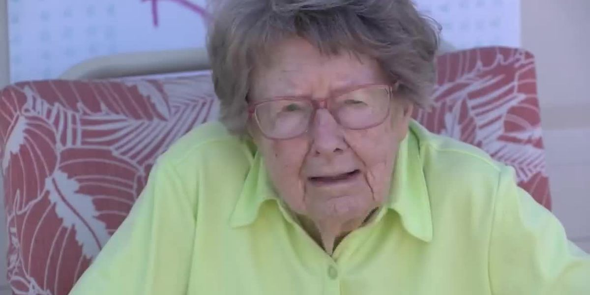 104-year-old Marine veteran surprised with drive-by birthday party amid coronavirus restrictions