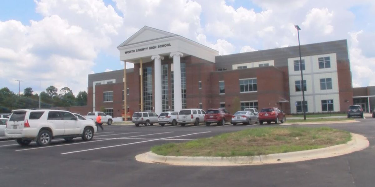 New Worth County High School nearing completion